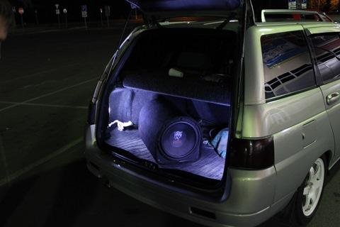 Подсветка багажника с помощью диодных лент