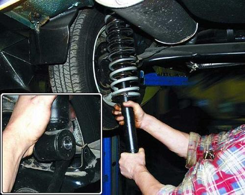 Замена задних стойки ВАЗ 2110
