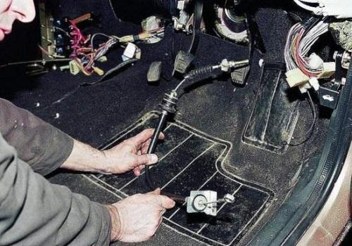 Замена тросика сцепления ВАЗ 2110