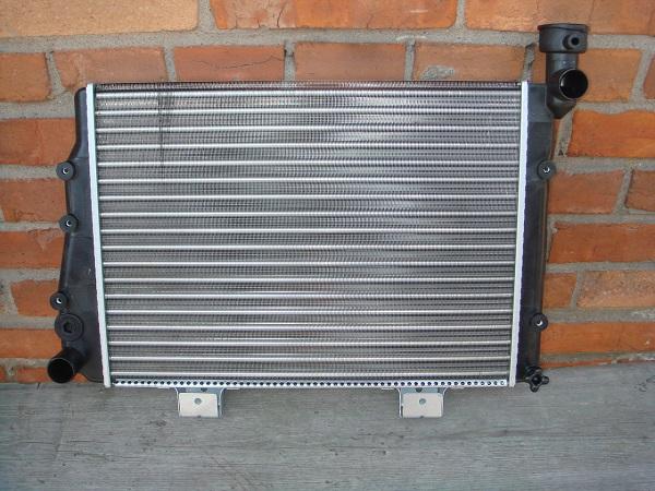 Радиатор охлаждения ВАЗ 2106